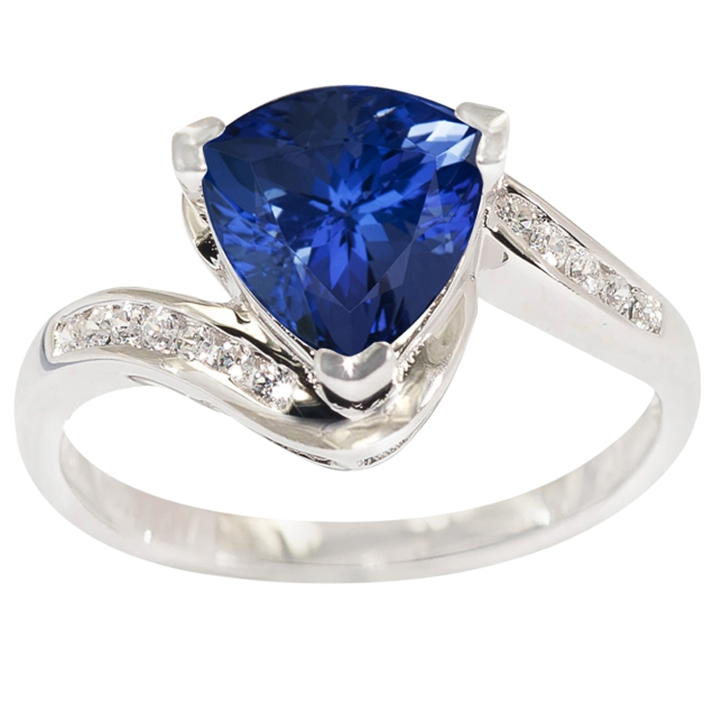 1 5 carat trillion shape tanzanite ring with 11 ctw