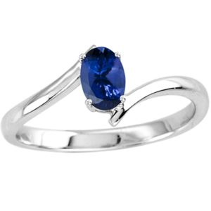 oval-shape-tanzanite-solitaire-ring