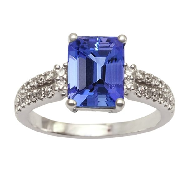 emerald-cut-tanzanite-ring